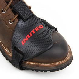 Protettore per le scarpe online-Scarpe Moto Nero Moto Protettivo Stivali Moto Stivali Cambio Shifter Protector Shift Sock Boot Cover Shifter Guards