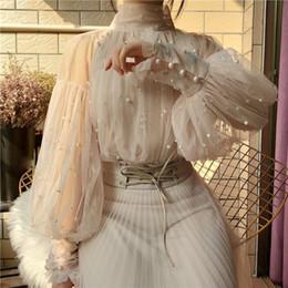 2019 gasa de burbujas 2019 Moda Otoño Cuentas mujeres dulces manga de la burbuja Botón Perlas gasa blusas de mujer elegante camisa de malla Blusas Tops rebajas gasa de burbujas