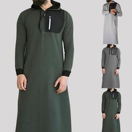 2020 vestiti musulmani uomini Felpa araba musulmana islamica 2019 Uomo manica lunga con cappuccio con tasca Abaya Arabia Saudita Felpe lunghe con cappuccio Robe Uomo Abbigliamento musulmano sconti vestiti musulmani uomini