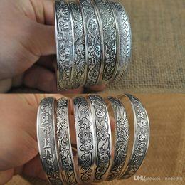 Tibetischen silbernen armband elefanten online-Vintage Elefant Blume tibetischen Tibet versilbert Armbänder charmante elegante Runde Metall Stulpearmbänder Frauen Schmuck