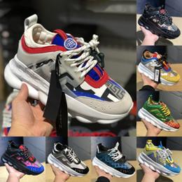 Versace Reacción en cadena Moda Hombres de lujo Zapatos de diseñador Chainz Balck White District Medusa Hombres Mujeres Zapatillas de deporte al aire libre Zapatos Falt desde fabricantes