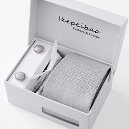 conjunto de lenços cufflinks Desconto Caixa de presente de Embalagem Homens Marca de Luxo Gravata de Bolso Quadrado Casamento Dos Homens Gravatas Gravatas De Seda Gravata Set Abotoaduras Lenço