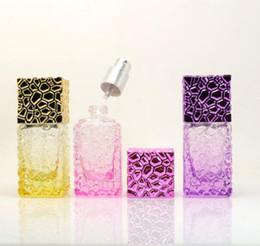 Kosmetikspray verpackung online-25 ml Glas Parfüm-Flaschen Spray nachfüllbar Zerstäuber-kosmetische Glasflasche Travel Cube Container Verpackung Flasche GGA2818 Spray