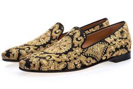 Apartamentos pretos chineses on-line-Frete grátis luxo Chinês Homens de couro Loafers Flats handwork bordar vestido Sapatos Slip-On Sapato Feminino Masculino Homecoming preto 39-46 02