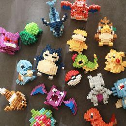 2019 micro bloques de construcción Favores de partido 8cm DIY divertido ensambladas Micro Diamond pequeñas partículas Building Blocks Pikachu Pukachujini niño de la tortuga juega el regalo lindo micro bloques de construcción baratos