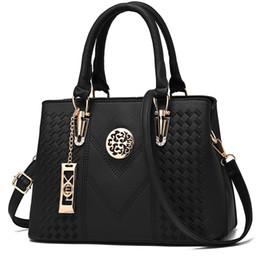 Kadınlar için yeni lüks çanta kadın çanta tasarımcısı çanta 2017 bolsa feminina crossbody çanta tasarımcısı yüksek kaliteli shopper çanta nereden