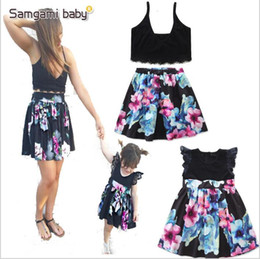 girls plaid skirt outfits Promo Codes - Baby Kids Clothes Girls Floral Flowers Dresses Family Matching Outfits Summer Fashion Dress Lace Ruffle Fly Sleeve Dresses Tops Skirts A4920