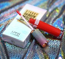 2019 Leezi Nueva moda de maquillaje Al por mayor Mate Innovación Barra de labios Brillo Llip Brillo Brillo de labios impermeable desde fabricantes