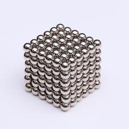 Magneti magici online-216pcs / set 3 millimetri magica magnete al neodimio magnetico Blocchi Balls sfera di divertimento di puzzle del cubo Beads Costruzione di giocattoli
