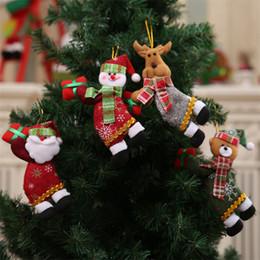 bonecas de pano de natal Desconto 4 estilos Feliz Natal Enfeites De Presente De Papai Noel Do Boneco De Neve de Natal pendurar decorações Brinquedos De Pano De Árvore Boneca DHL JY423
