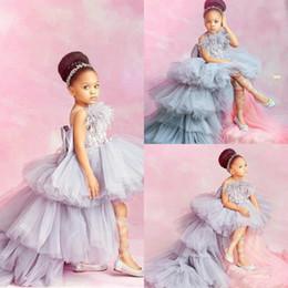Маленькое перо онлайн-2020 новых кружевных аппликаций высокие низкие платья для девочек-цветочниц для свадебных многоярусных юбок маленьких девочек театрализованное платье перо первого причастия платья