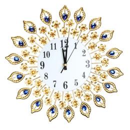 2019 tênis de mesa vintage Grande Relógio de Parede de Luxo Pavão Diamante de Cristal De Cristal Digital Agulha de Relógios para Sala de estar Decoração de Casa Grande Relógio de Parede