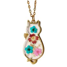 Flores secas vintage online-Vintage flor seca hecha a mano collar de resina epoxi chica gato cuello colgante joyería de bronce de las mujeres