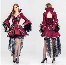 2020 vampiro vestito dalla regina Lace Adulto Donne Halloween Vampire regina Costume gotico Fancy Corte contessa dal collare Vintage Outfit taglie per le donne vampiro vestito dalla regina economici