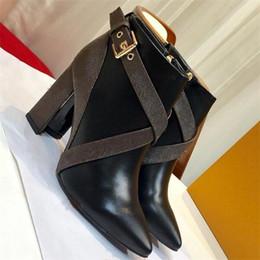 Matchmake Botas Baixas Das Mulheres de Luxo Sapatos de Grife de Alta Qualidade Botas de Tornozelo Monograma Clássico Botas de Cinta de Lona Gráfico Bloco Saltos Botas de Fornecedores de relógio de pulso de quartzo ouro