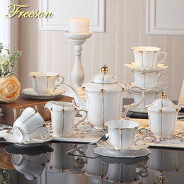 Pérola de café on-line-Britânica Gold Pearl Bone China Coffee Set britânica porcelana Tea Set Ceramic Pot Creamer Sugar Bowl Teatime Bule Canecas do copo de café