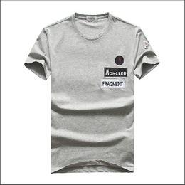 Nouveau 2019 Summer Designer T-shirts Pour Hommes Lettre Broderie T-shirt Pour Hommes Marque À Manches Courtes T-shirt Hommes Tops Livraison Gratuite Taille M-3XL ? partir de fabricateur