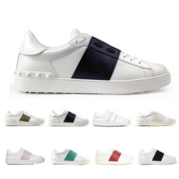 sapatos de rebite preto Desconto Valentino Sapatos de grife de luxo para homens mulheres rebite Sliver Preto Verde rosa tarja de couro curta sapato casual tamanho 36-46