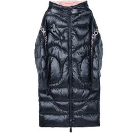 Chaqueta con capucha negra para las niñas online-Shiny Women White Duck Down chaqueta chaqueta con capucha de invierno mujer abajo abrigos bordado Streetwear caliente de las mujeres 2019 NEGRO