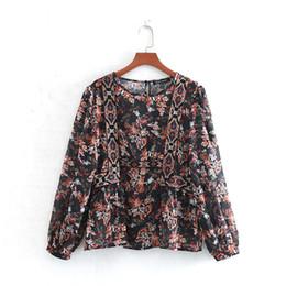 2020 diseños de bordado blusas CS909 Mujeres Europea Diseño floral de impresión de manga larga bordado camisas o cuello Retro blusas Tops rebajas diseños de bordado blusas