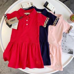 Faldas de moda irregular online-Niñas Vestidos de diseñador 2019 Verano Nueva moda Color sólido Falda polo Estilo británico Vestido a rayas Falda irregular de lujo Ropa 3 estilos