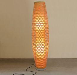 Vasi di bambù online-Bamboo Wicker Rattan Shade Vase Lampada da terra Apparecchio Rustico Asiatico Giapponese Nordico Arte Luce Abajur Luminaria Fitting LLFA