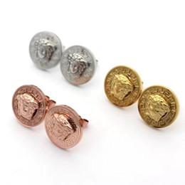 Yeni Varış Lüks HipHop takı toptan yuvarlak kart küçük kafa paslanmaz çelik küpe erkekler için 18 k altın kaplama küpe / kadınlar cheap small round earrings nereden küçük yuvarlak küpeler tedarikçiler