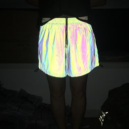 Tela reflectante de luz online-Nuevo diseño de tela suave de moda Casual Summer Shorts anti-light Mujeres Shorts reflectantes Party Club wear cintura elástica