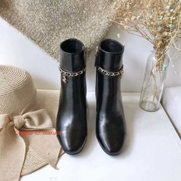 2019 soft leather designer ladies boots Elegante Cor Sólida Dedo Apontado Senhoras De Couro Macio Fino Salto Alto Botas de Grife de Luxo Mulher Moda Sapato 09171 desconto soft leather designer ladies boots