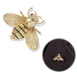 Spille di ape Spilla di cristallo Bumble Bee Spilla di perle Strass Esmalte Smalto Spilla di animali Vestiti di gioielli Accessori Costume Badge Party Fo da