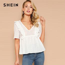 b405f29c0c Shee branco plissado guarnição ilhós bordado blusa simples top blusa  mulheres primavera lady elegante com decote em v high street top blusas