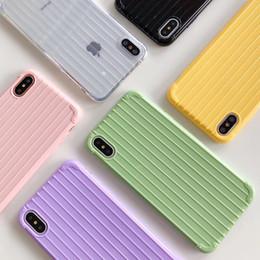 2019 manijas de los casos de iphone Para iPhone 7 8 Plus XS Max / XR Funda para teléfono con equipaje iPhone 7 Plus X 6s 6 Plus Estuche blando Comfort Handle Multi Color manijas de los casos de iphone baratos