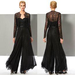 Cerimonia nuziale nera online-Black Lace elegante tuta madre della sposa Pant Abiti Invitato a un matrimonio Vestito con giacche più il formato Madri sposo Abiti BC2604