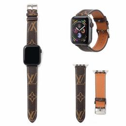 Iphone serie online-Für Apple Watch 38/40/42 / 44mm Luxus-Armbänder Designer Iwatch Serie 4 Leder Sportuhrenarmbänder Printing Strap Blet