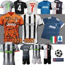 2019 mejor camiseta de futbol blanca 2020 JUVENTUS Hombres RONALDO Jersey DE Ligt D.COSTA HIGUAIN Emre Can camiseta de futebol Dybala