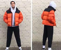 coppie immagini invernali Sconti 2019 Nuovo cotone da uomo Designer abbigliamento in cotone giacca sportiva all'aperto giacca piumino LOHO ricamato da uomo di alta qualità