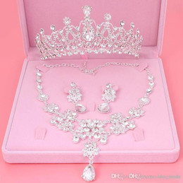crystal crown pearl necklace Coupons - Hot Sale Engagement Women Jewelry Set Noble Shiny Crown Tiara Necklace Earrings Wedding Bridal Jewelry Custome Decoration Accessories