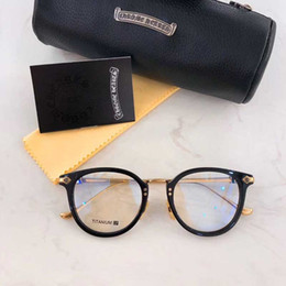 Satılık Yeni Moda Tasarımcısı Titanyum Çerçeve Çerçeve Klasik On Karakterler Çiçek Gravür Ayna Bacak Chromehearts Optik Serisi fanx huney nereden piksel çerçeve gözlükleri tedarikçiler