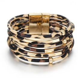 2019 Leopard Lederarmbänder Für Frauen Mode Magnetverschluss Armbänder Armreifen Elegante Multilayer Wrap Breites Armband Schmuck von Fabrikanten