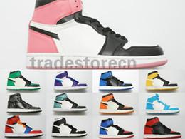 caja china de satén Rebajas 2019 Con Box 1 Mid Cut High OG Chicago Banned Game Royal Basketball Shoes Hombres 1s Top Street Fancy Backboard Cheap Women Sneakers Tamaño 13