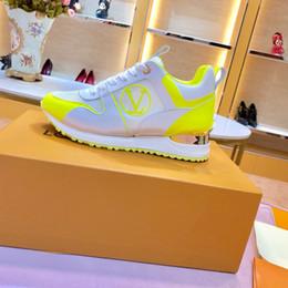 Sapatos de corrida para senhoras on-line-Mulheres de luxo designer de tênis tênis superstar tênis de corrida Multicolor moda casual ao ar livre athletic ladies shoes Com caixa original