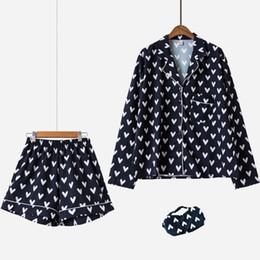Новые комплекты пижамы для женщин с принтом в виде сердца, 3 шт. Набор шорт с длинным рукавом, эластичная талия + блиндер, свободная одежда для сна S75603 J190521 supplier short sleep wear от Поставщики короткий сон