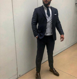 2019 vestiti da promenade da uomo 2019 Smoking da smoking Fine Mens Abiti da sposa Garden Prom Best groom (Jacket + Pants + Tie) Custom Made Beckham Abiti da red carpet per uomo