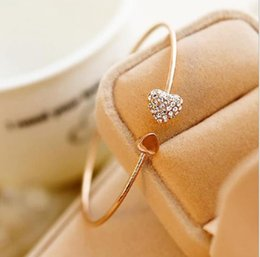 Cuori doppio in metallo online-Versione coreana del diamante a forma di cuore doppio braccialetto amore semplice bracciale aperto in metallo femminile