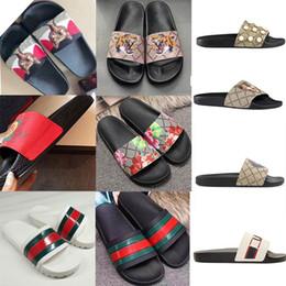 d4e10e0c83f 2019 flache schuhe blumen gucci 2019 lv Marke luxus designer sandalen  strand schuhe für mann frau
