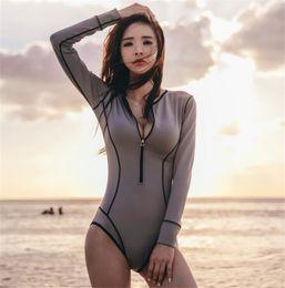 Bikinis calientes coreanos online-Hot One Piece Vintage Swimwear Traje de baño de manga larga Rush Guard Bikini Mujeres Sexy Traje de baño Snorkeling Wear Suit Estilo coreano