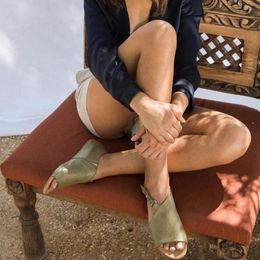 2020 sandalia talla 34 tacones bajos Puimentiua Mujer Casual Sandalias negras 2019 Verano Tallas grandes 34-43 Damas Maduras Concisas Verano Playa Zapatos Mujer Tacones bajos sandalia talla 34 tacones bajos baratos