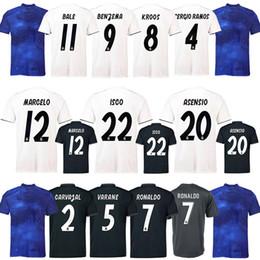 Distribuidores de descuento Ropa Real Madrid  b05854beaeb16