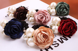 Legame dei capelli del fiore del tessuto online-Tessuto Rose Flower Hair Pearls Hairband Ponytail Holder Corda Anello Tie Gum per accessori per capelli