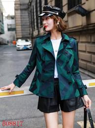 Короткие пальто для женщин дизайн онлайн-Новое прибытие! женская мода британский короткий стиль тренч пальто / высокое качество дизайн бренда двубортный тренч для женщин размер S-XXL 3 цвета